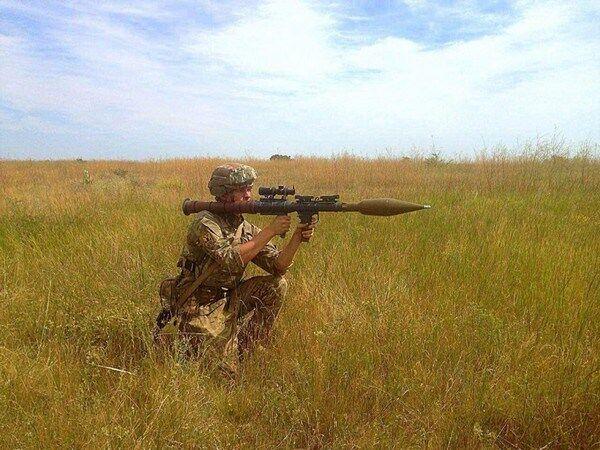 """Оружие США пропало в Украине: """"Азов"""" удалил скандальные фото"""