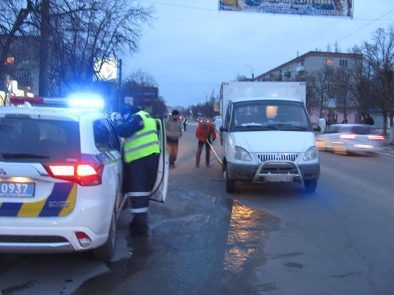 """Очень """"тяжелая"""": полиция расследует страшное ДТП со школьницей на Сумщине"""