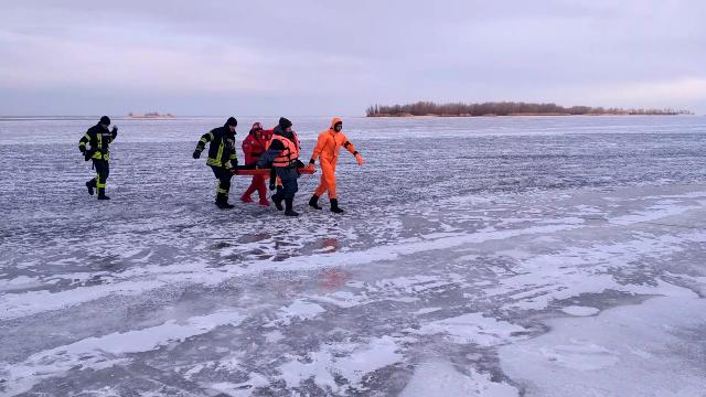 Лед не выдержал: в Черкассах произошло смертельное ЧП на реке
