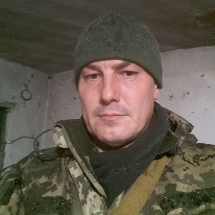 """Убил сослуживцев? СМИ нашли """"погибшего"""" бойца АТО живым и под следствием"""