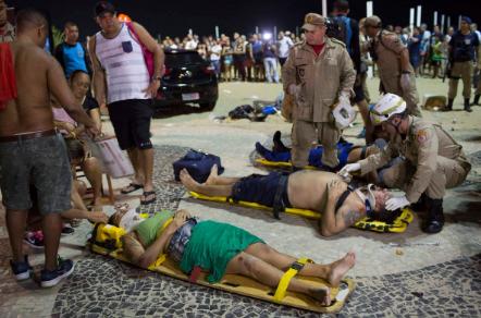 У Ріо-де-Жанейро авто протаранило натовп: загинуло немовля