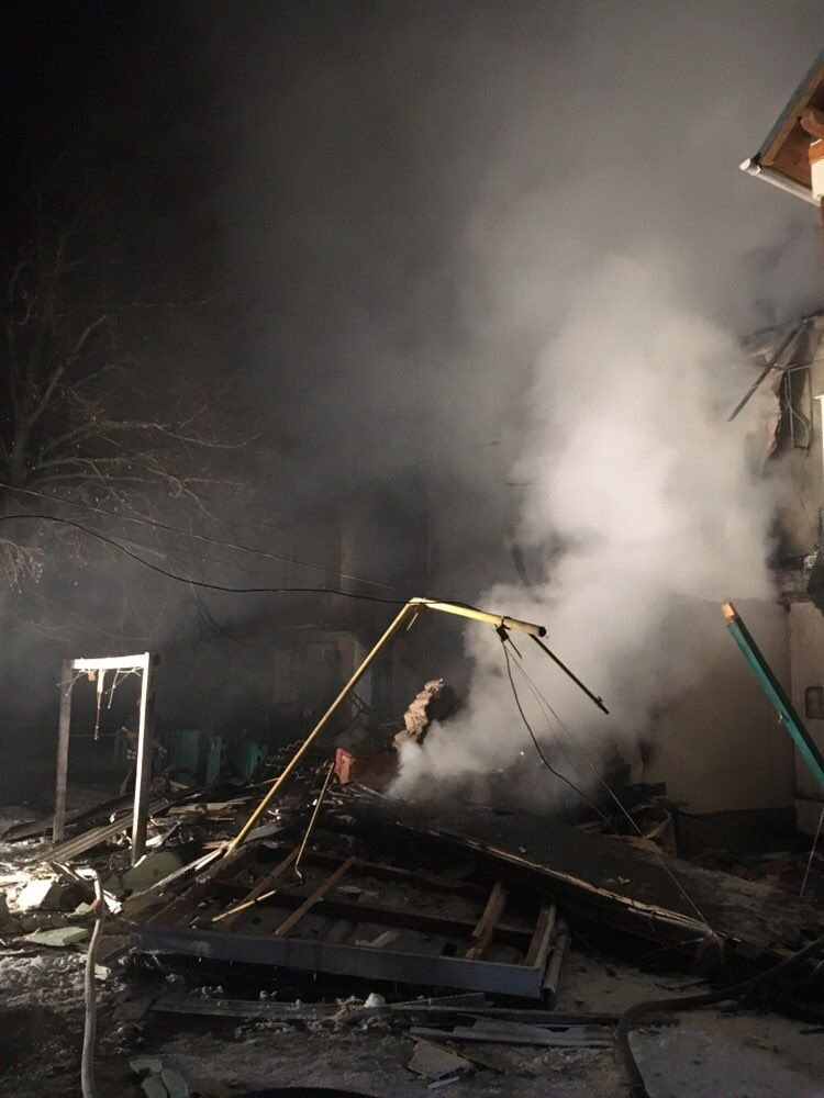 Появились жуткие фото с места взрыва на Киевщине