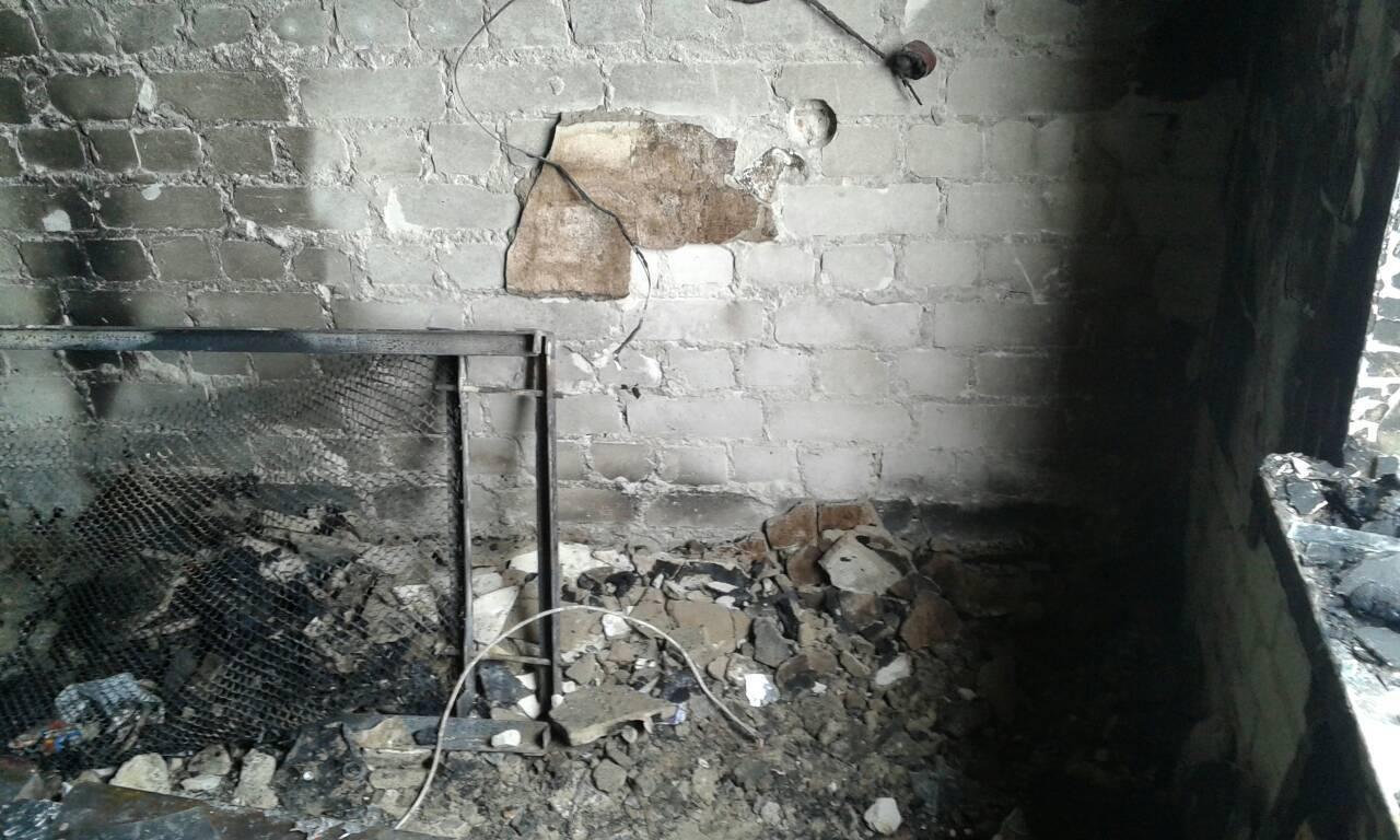 Обгоревшие ноутбуки и кровати: пожар в студобщежитии Мелитополя (ФОТО)