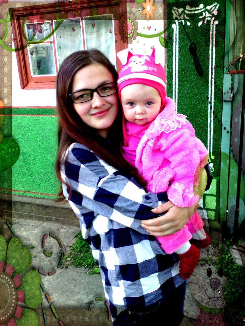 Елена Дячук с дочкой Вероникой