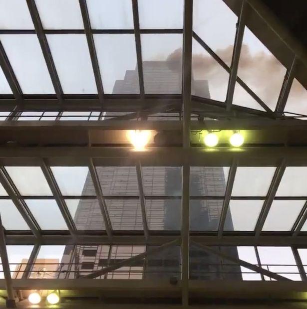В Нью-Йорке загорелся небоскреб Трампа: эффектное видео