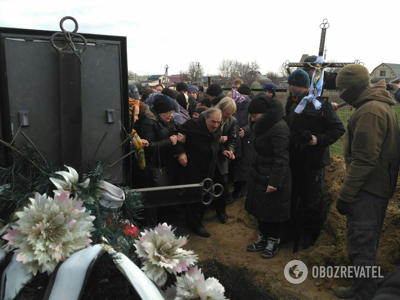 Под Киевом похоронили Ноздровскую: все подробности