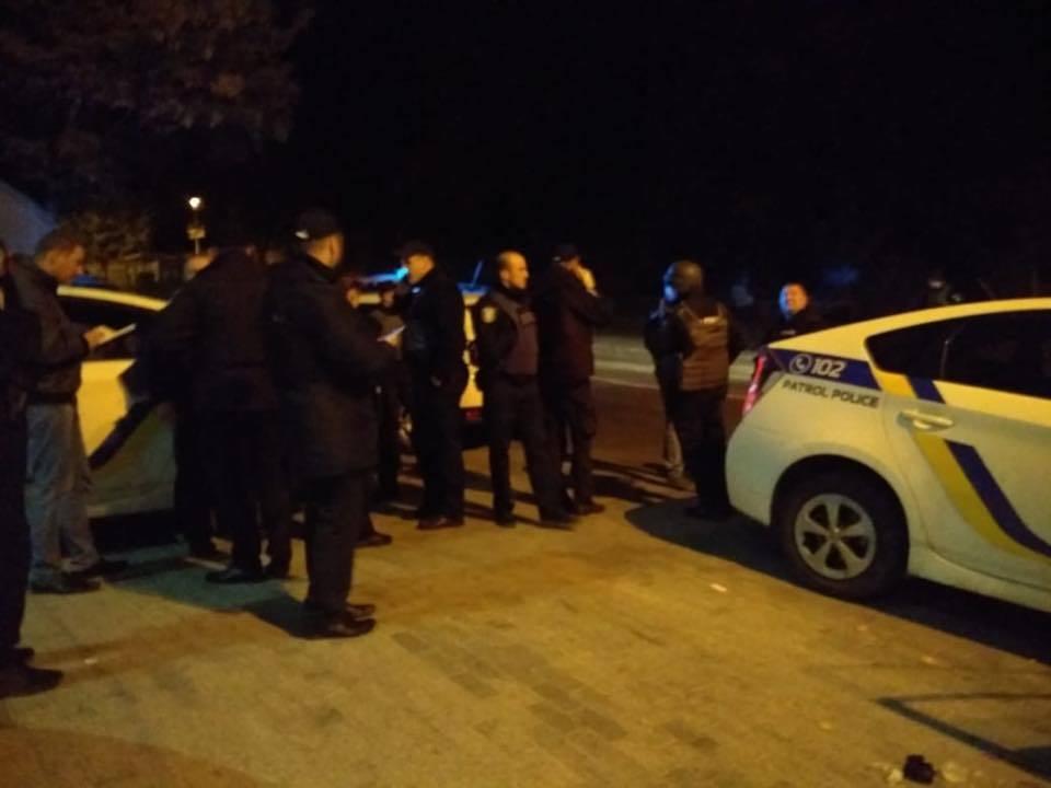 Стрілянина у Києвi: поранений поліцейський, злочинець убитий