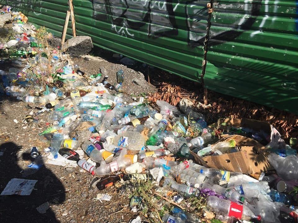 В оккупированном Крыму пожаловались на горы мусора