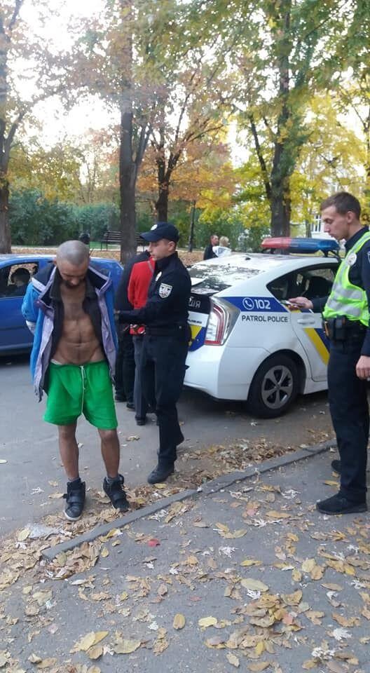 Задержанный полицейскими мужчина