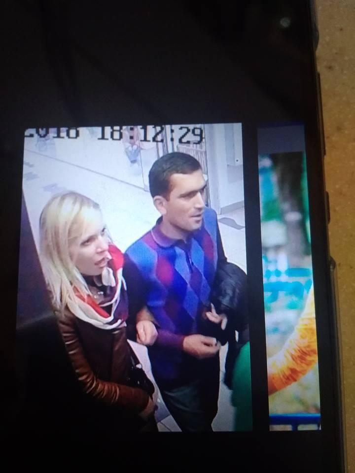 ''Охрана работает с ворами'': в Киеве заметили карманников в ТРЦ