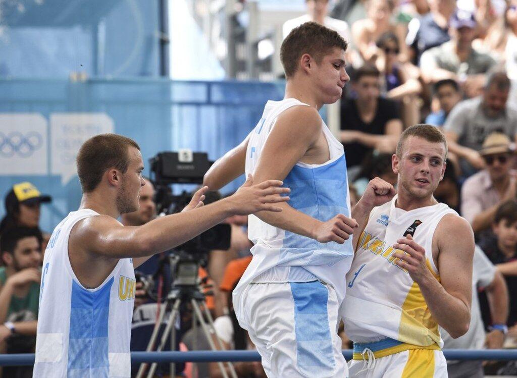 Украинские баскетболисты 3х3 вышли в полуфинал Юношеской Олимпиады