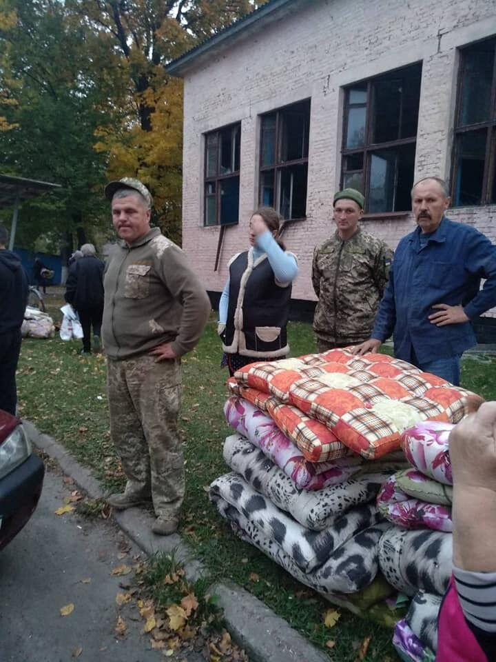 В пострадавшие села везут помощь со всей Украины
