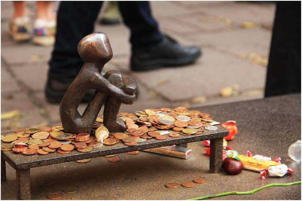 Туристы показали уникальную скульптуру Швеции