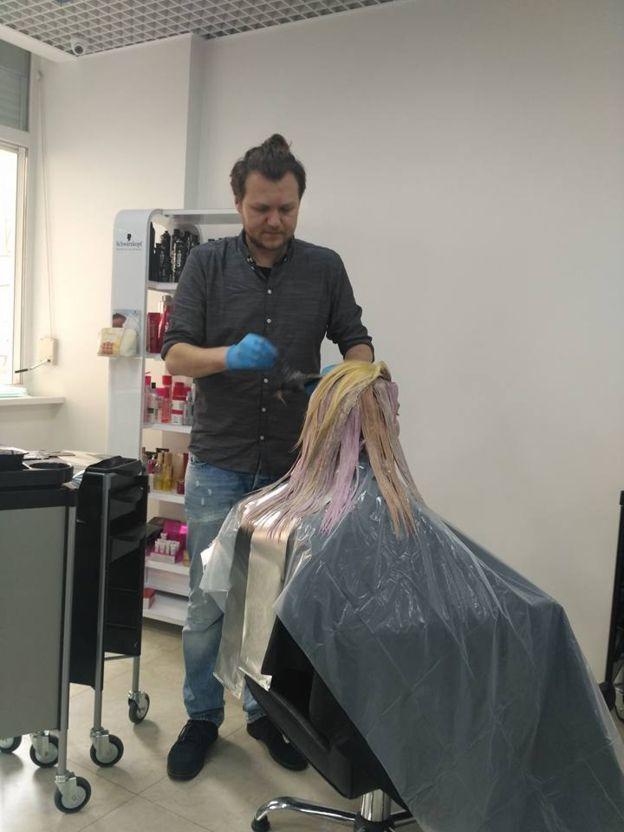 В деле Манафорта засветился киевский парикмахер: подробности громкого скандала