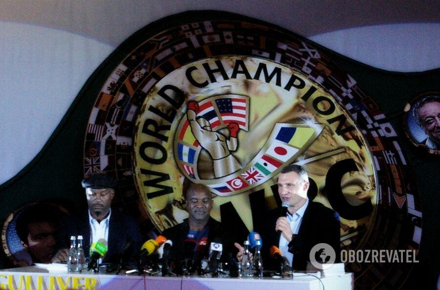 Как Кличко и легенды бокса поставили на уши Киев