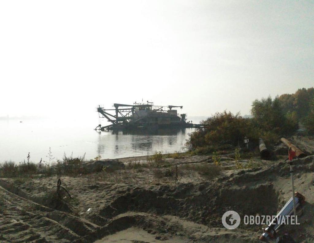 В Киеве прошли обыски у ''песчаных'' браконьеров