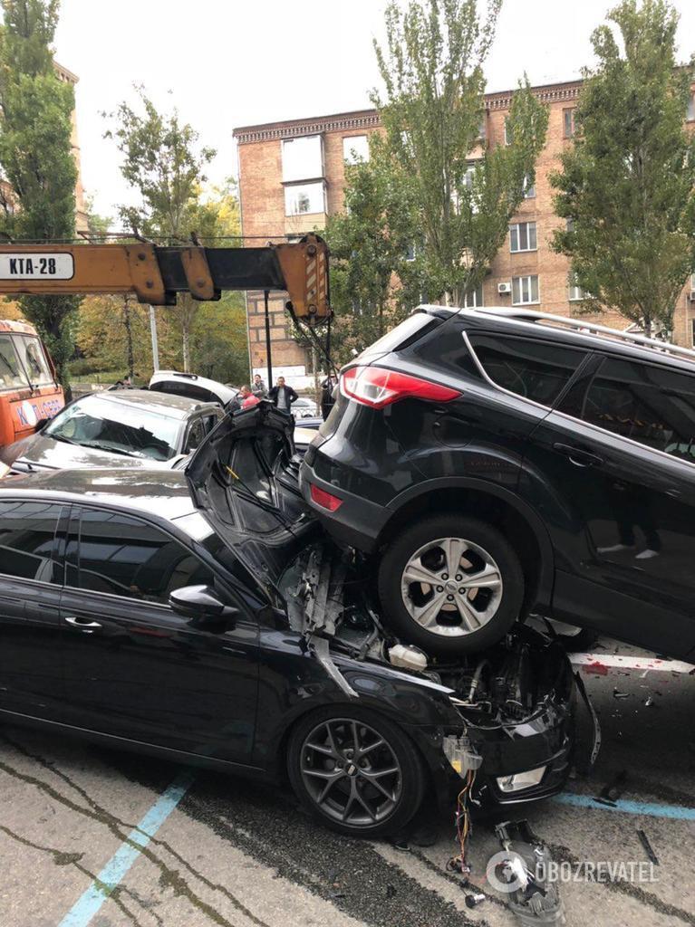 Появилась схема масштабного ДТП с автокраном в Киеве
