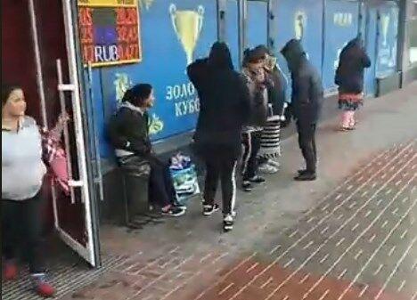 Ð' Киеве устроили новые ''разборки'' с ромами: видео