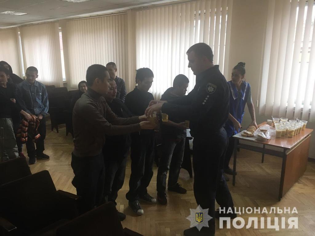 Под Киевом обнаружили ''пленных'' нелегалов
