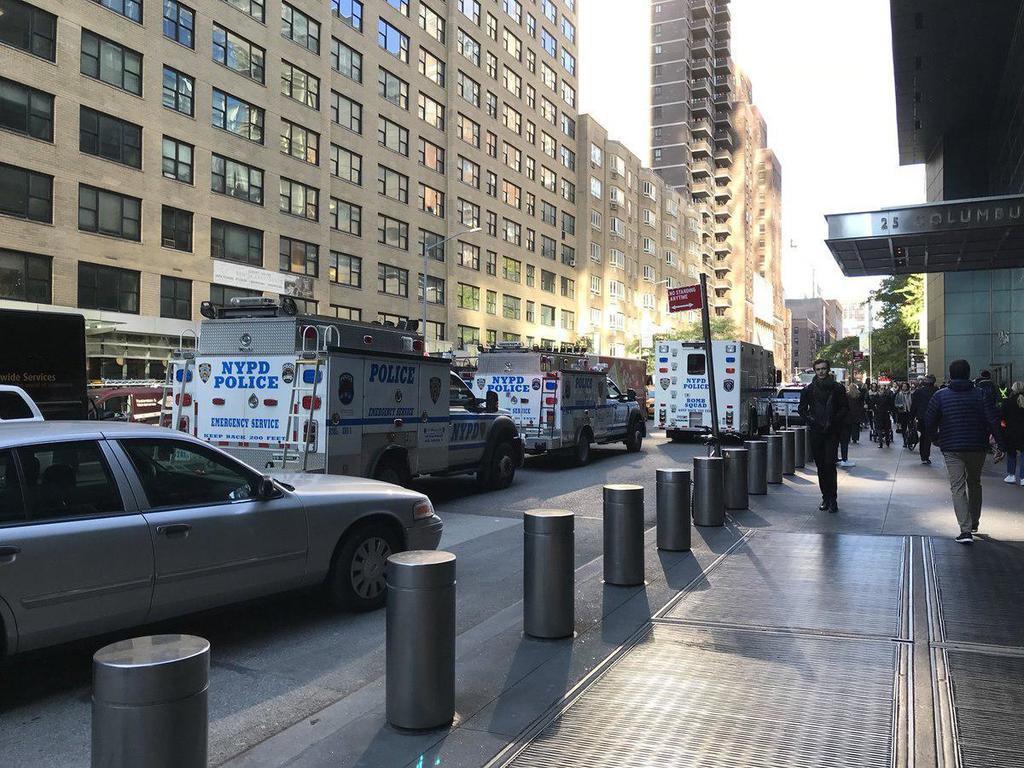 Евакуація будівлі Time Warner