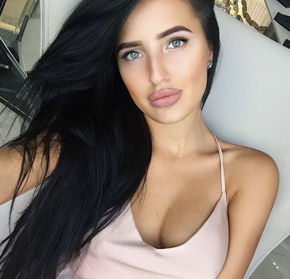 Лиза Третьякова