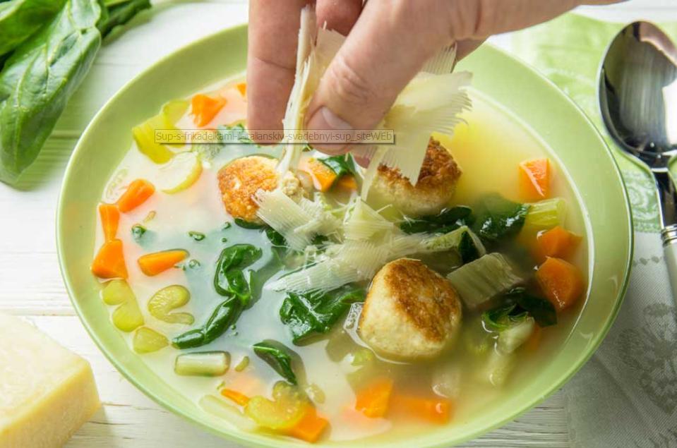 Зірковий кулінар захопив шанувальників авторським рецептом супу