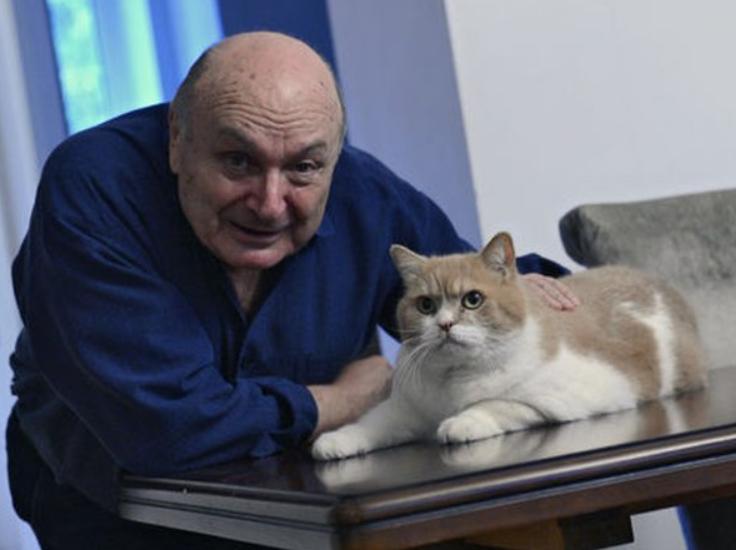 Жванецький і його домашній улюбленець