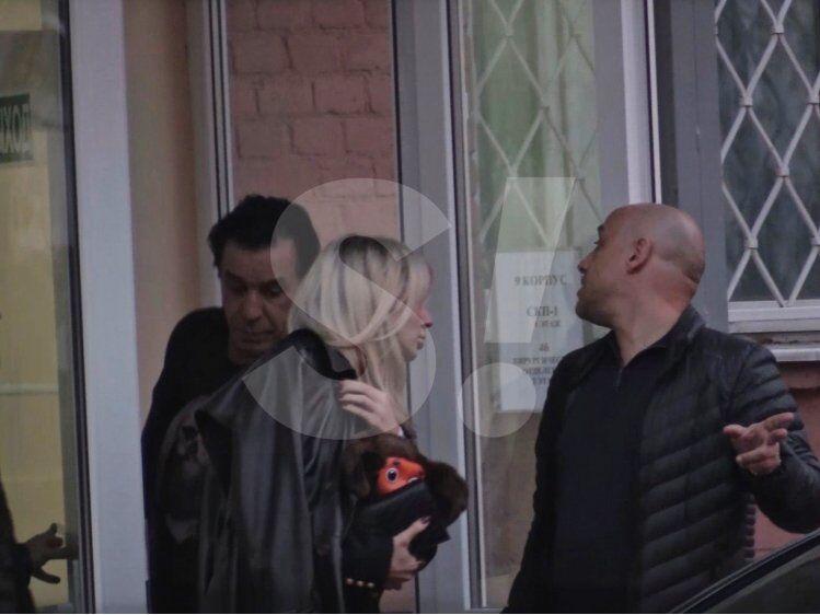 Лідер Rammstein забрав Лободу з лікарні: фото
