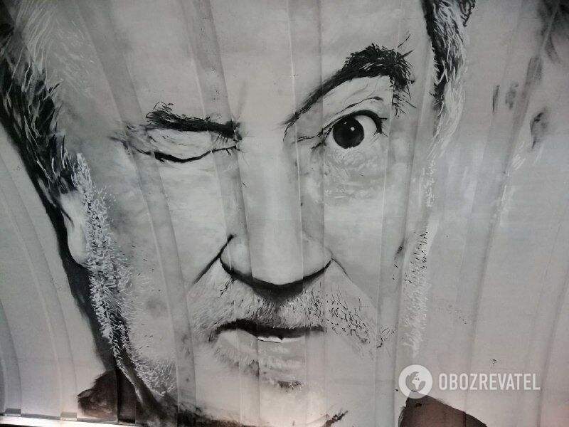 У Києві намалювали мурал із Богданом Ступкою