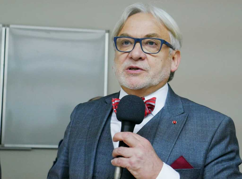 Нейрохірург з Польщі поділився своїми революційними методами лікування в Україні