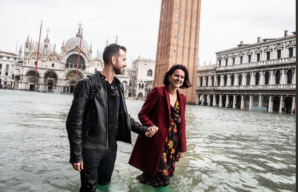 Опубликованы фото утопающей Венеции из-за непогоды