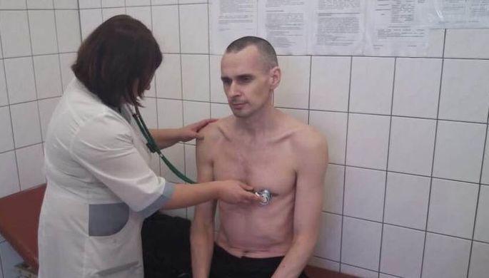 Сенцов во время голодовки
