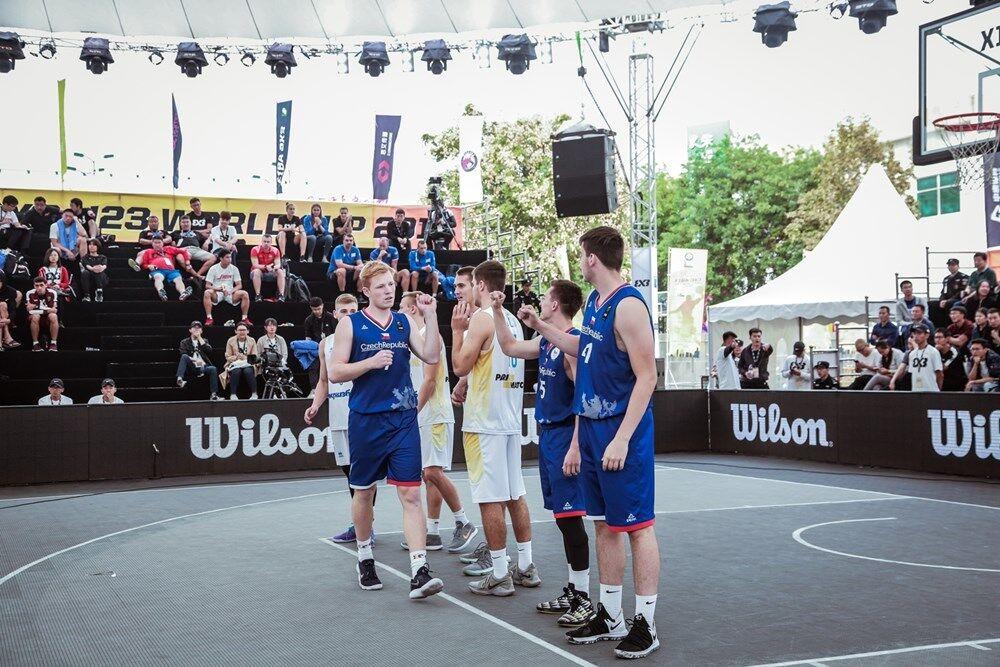 Українці в розкішному стилі вийшли в чвертьфінал КС U-23 з баскетболу 3х3