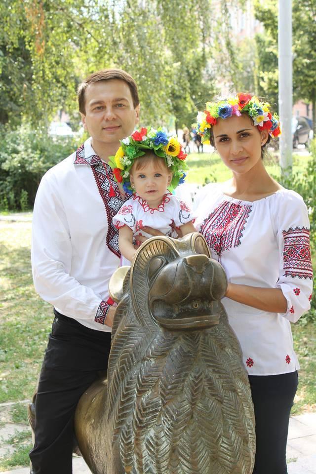 Тимофій Нагорний із дружиною Ренатою і дочкою