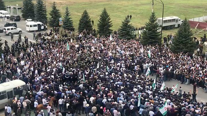 ''Ситуация серьезная'': Фельгенгауэр о новой ''войне'' на Кавказе