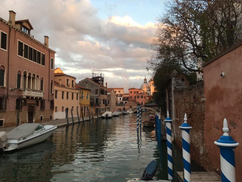 Как живет затопленная Венеция: фоторепортаж
