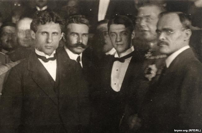 Члены украинской делегации на переговорах в Бресте