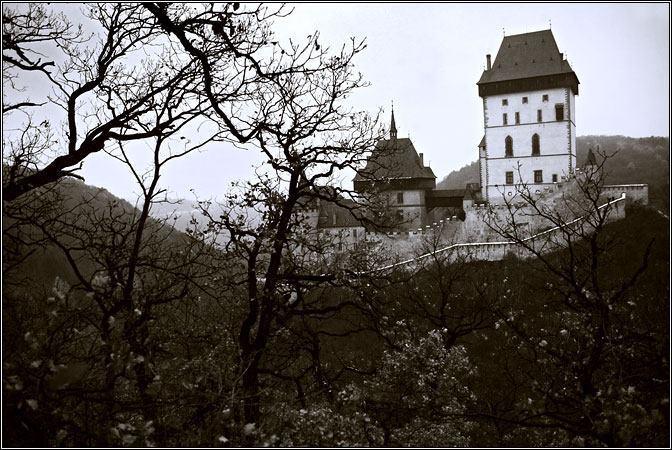 """""""Вид потрясающий"""": путешественник показал красоту древнего замка в Чехии"""