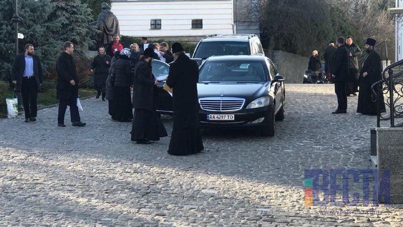 Предстоятели съезжаются на Синод