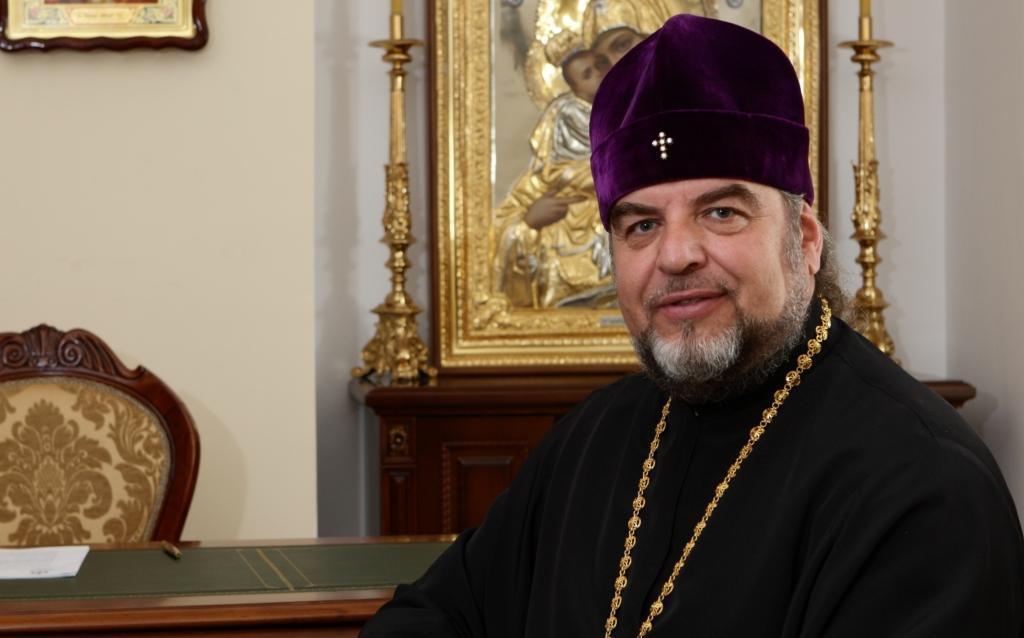 Пошел против УПЦ МП: названо имя епископа, не подписавшего решение Синода