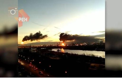 В Москве вспыхнул НПЗ: все подробности, фото и видео огненного ада