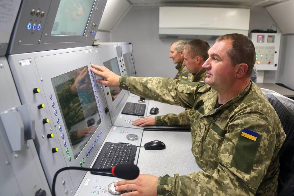 Пункт управління ЗРК С-125М1
