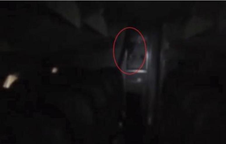 У Мехіко охоронець зняв привида в порожньому літаку
