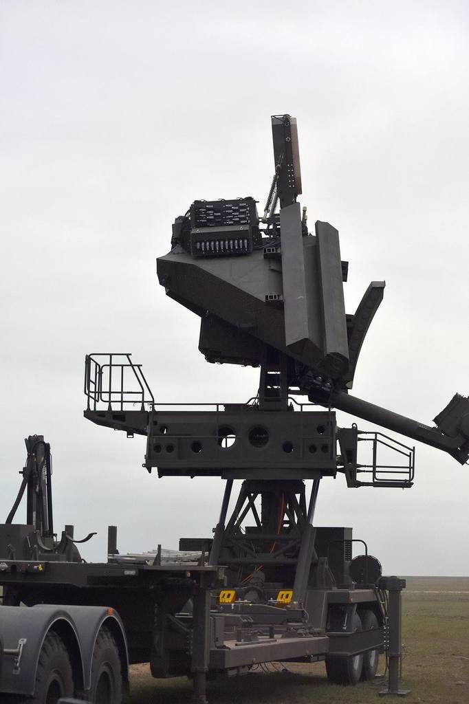 Станція наведення ракет СНР-125 до ЗРК С-125М1