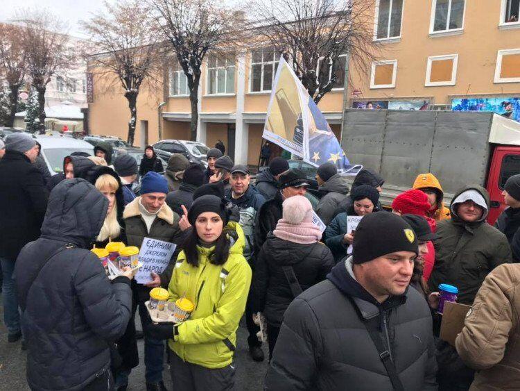 ''Євробляхери'' перекрили дороги України: карта, відео і фото
