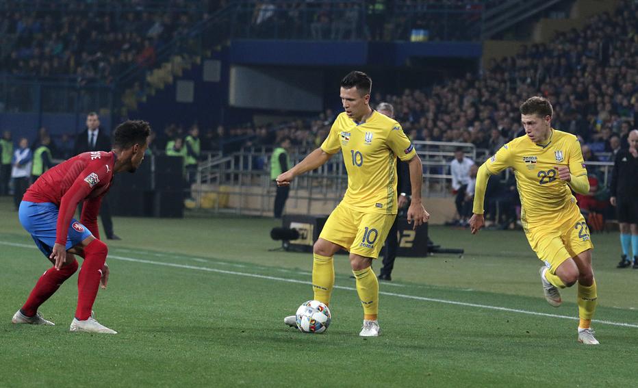 """Синьо-жовті """"в матчі проти Чехії"""