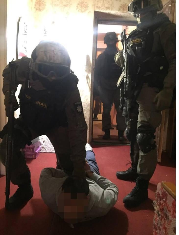 Затримано нападників на суддю ВККС