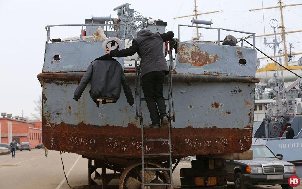 """Катер """"Прилуки"""", на якому після анексії Криму залишилися жити моряки, вірні Україні"""