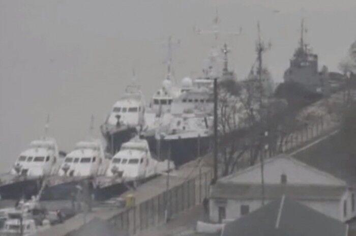 Росіяни відкрили вогонь по кораблю України на Азові: що сталося і чим закінчилося