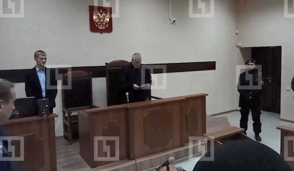В Крыму суд арестовал украинских моряков: первые фото и видео